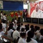 """Francisco a reclusas mexicanas: """"Sean valientes y humildes"""""""
