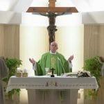 El Papa Francisco invita a meditar sobre la soledad de Jesús camino de la Cruz