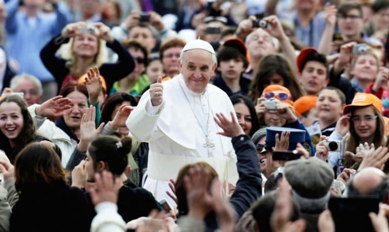 Papa Francisco, Hora Santa