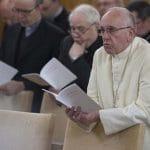 El Papa concluye sus ejercicios espirituales de Cuaresma y vuelve al Vaticano