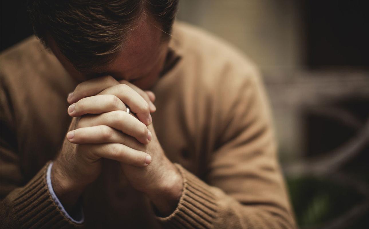 Orar en lenguas: Un don que pocas personas tienen | Desde la Fe