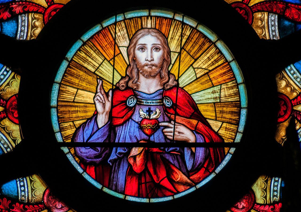 Una Misa y una Hora Santa para celebrar la Fiesta del Sagrado Corazón