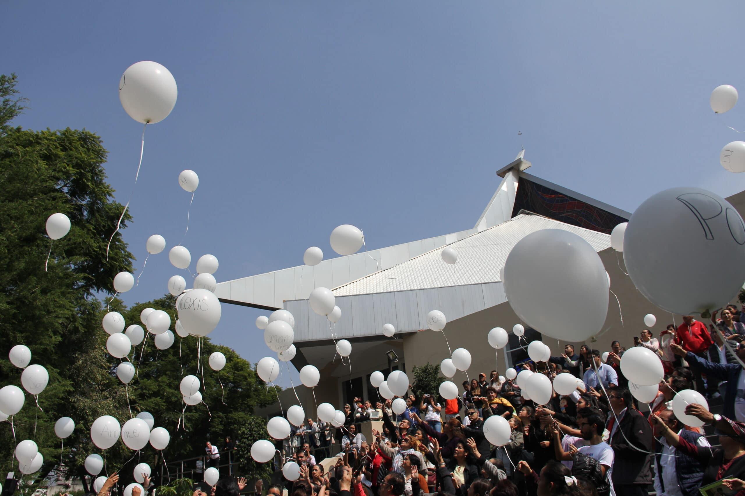 Recuerdan con una misa a fallecidos en el Colegio Rébsamen