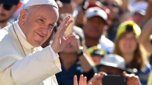 El Papa: quisiera visitar Japón el próximo año