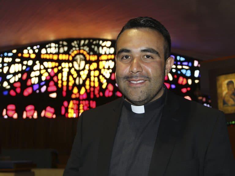 sacerdocio, La Voz México, Padre Guillermo