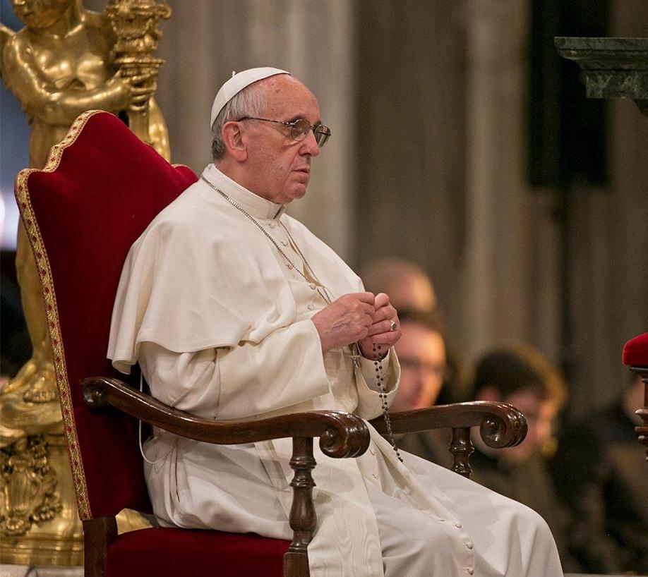 El Rosario que pide rezar el Papa Francisco