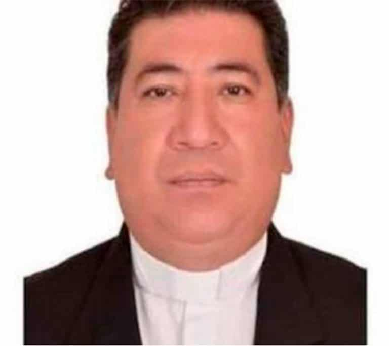 sacerdote desaparecido