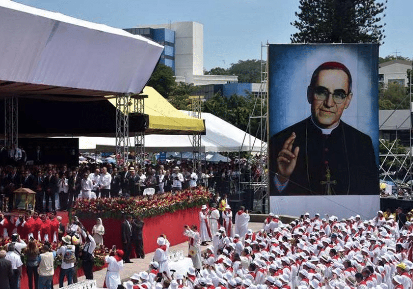 El Salvador recuerda con amplias fiestas a Mons. Óscar Romero.