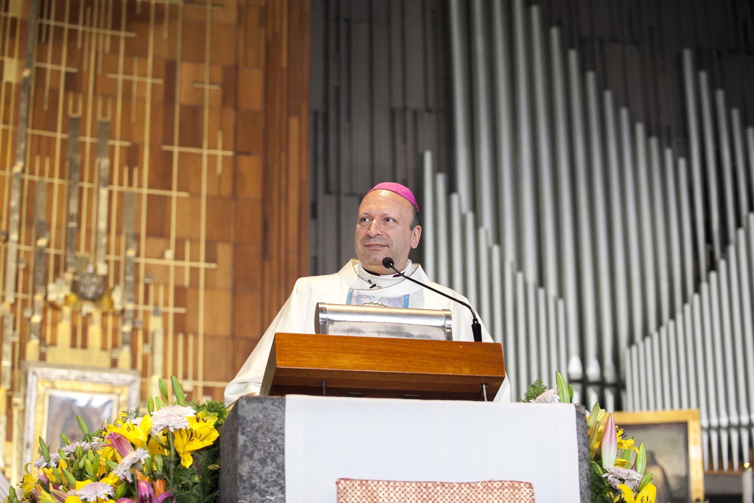 """""""La Virgen quiere que dignifiquemos su templo, nuestro corazón"""": Nuncio"""