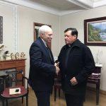 El arzobispo Aguiar visitó al cardenal Rivera para manifestarle su cercanía