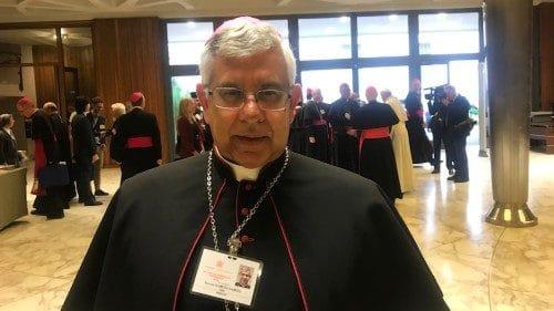 #synod2018, Mons. García del Perú: acoger a los migrantes con más solidaridad
