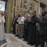 El Papa a los sacerdotes de Créteil: testimoniar la Resurrección