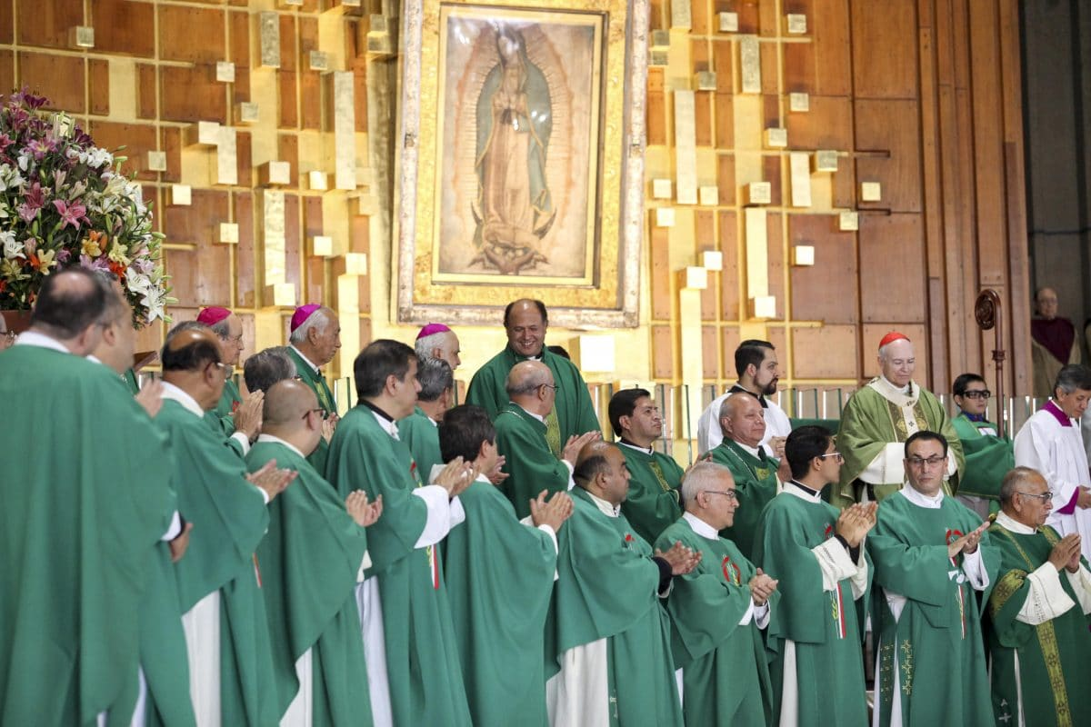 Salvador Martínez toma posesión como rector de la Basílica de Guadalupe