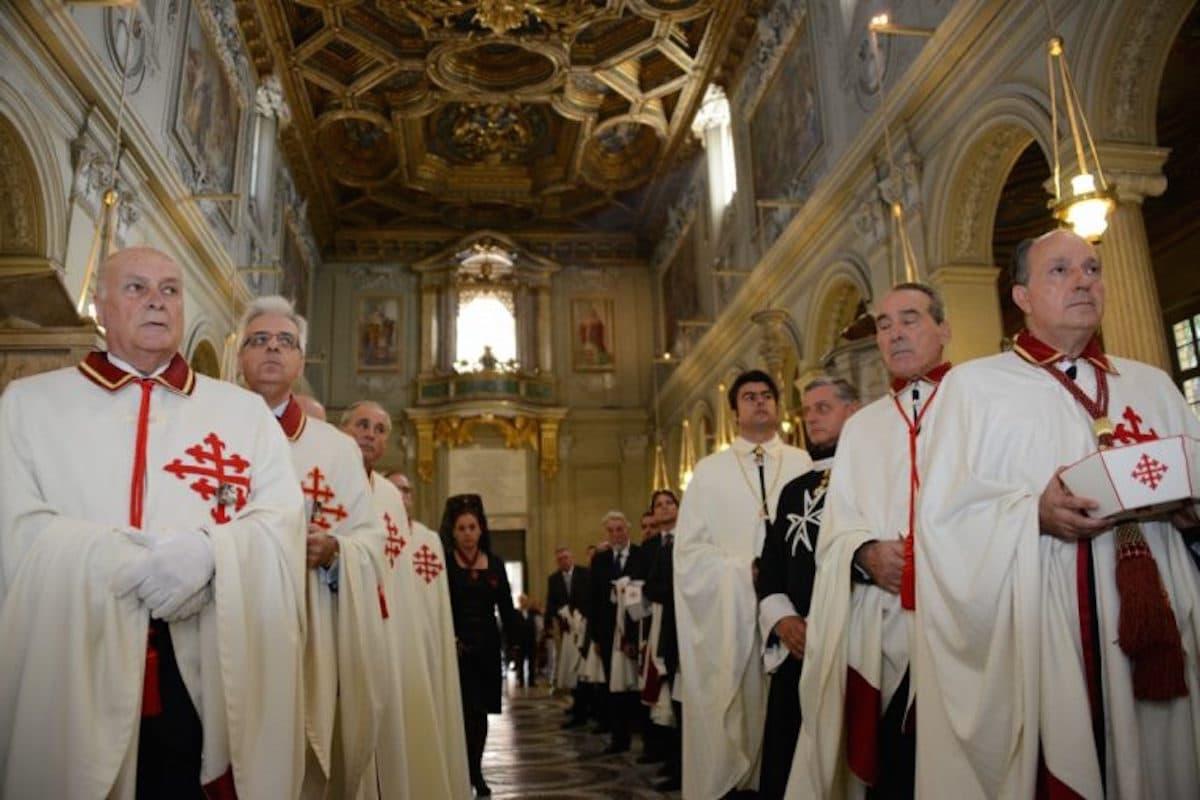 La Orden Ecuestre del Santo Sepulcro de México será recibida por el Papa