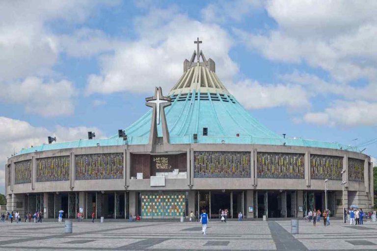 Basílica de Guadalupe, Virgen de Guadalupe