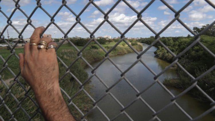 Gobierno de EU quiere construir muro en terrenos de la Iglesia en Texas