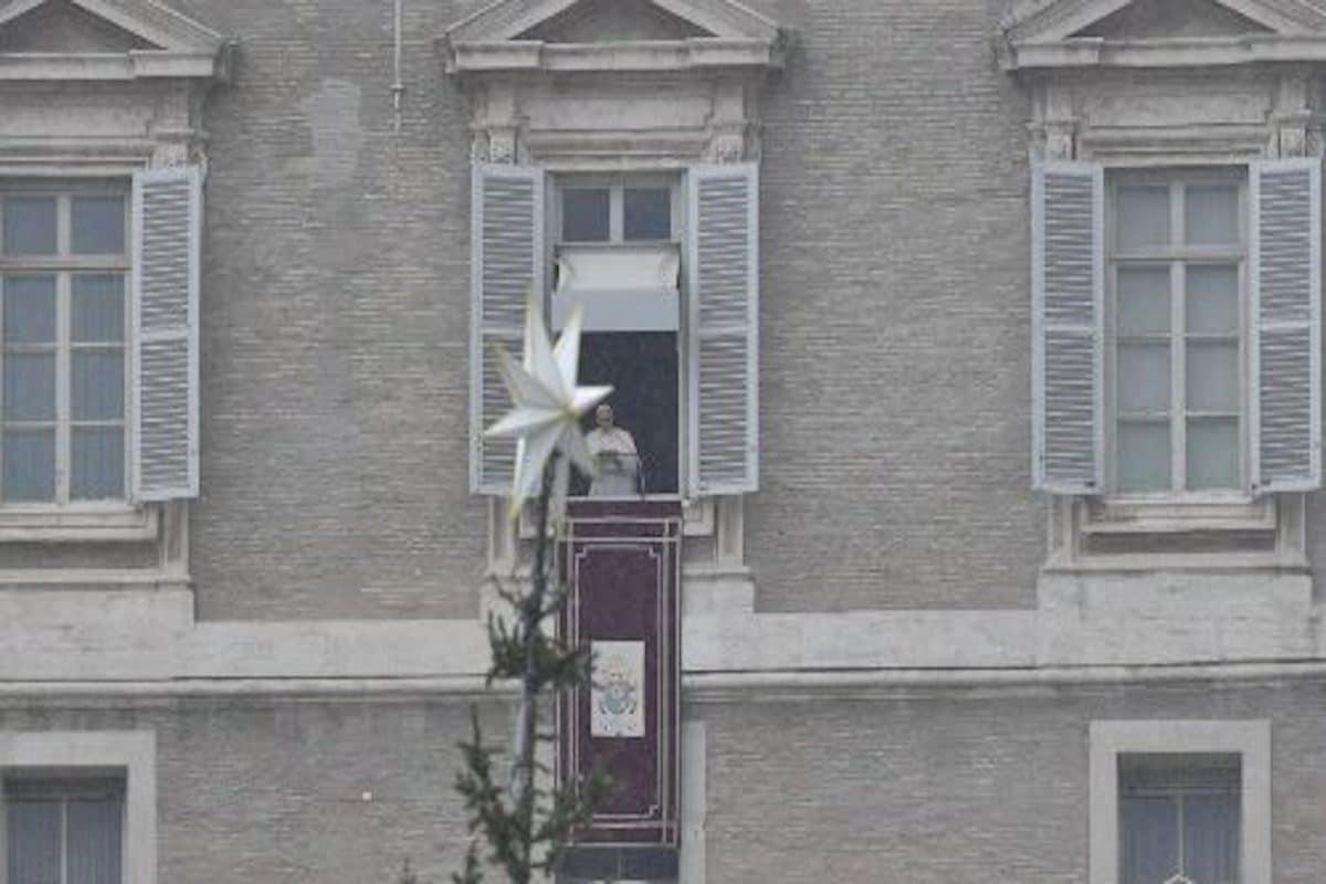 """Papa Francisco: """"Jesús es el Rey que nos salva de la muerte"""""""