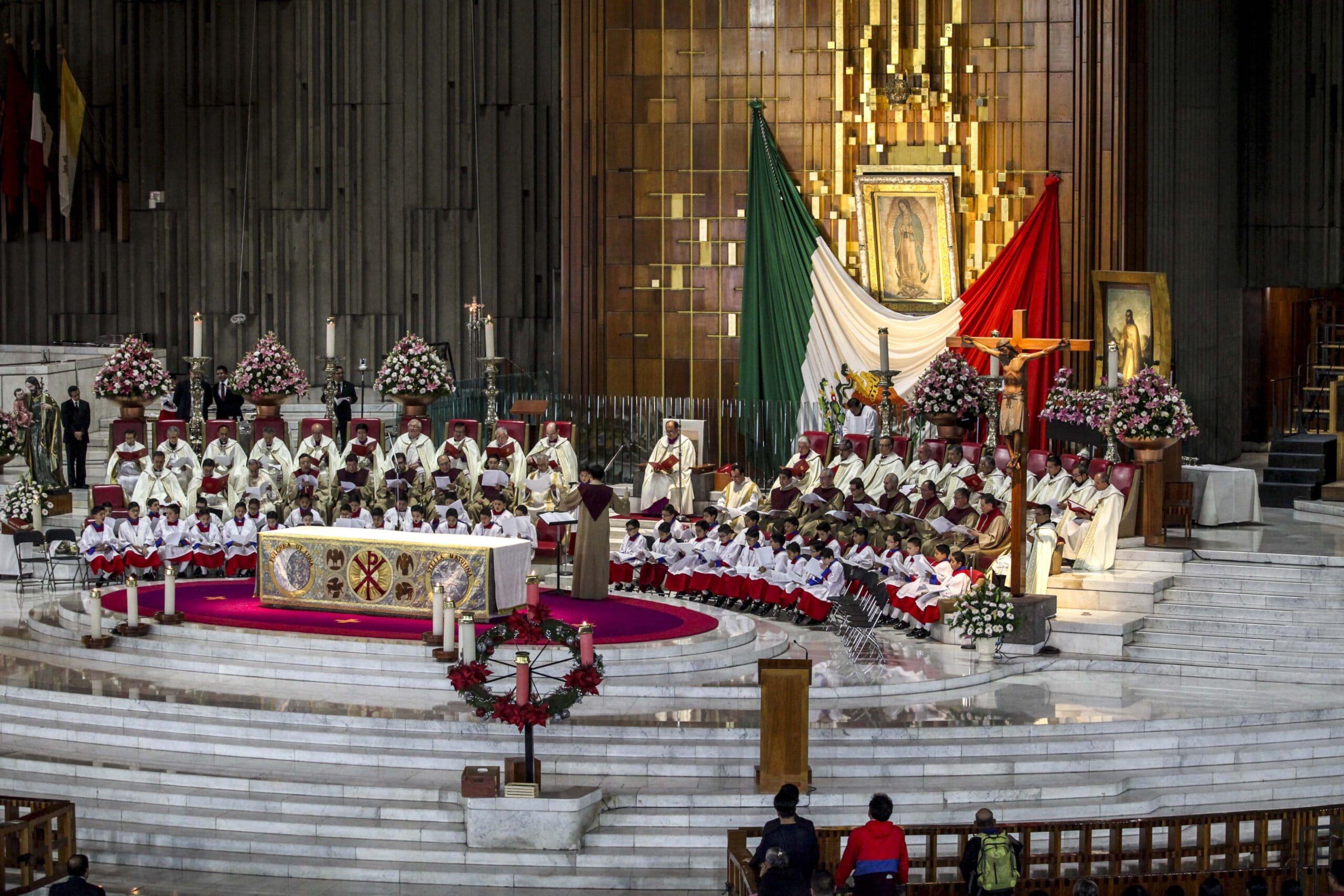 El Rector de la INBG celebró las Vísperas de la Fiesta de Guadalupe