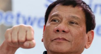 Rodrigo Duterte anima a población para asesinar a Obispos católicos.