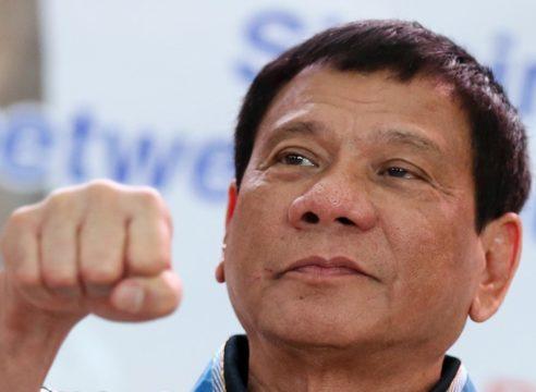 Presidente de Filipinas incita a matar a obispos católicos
