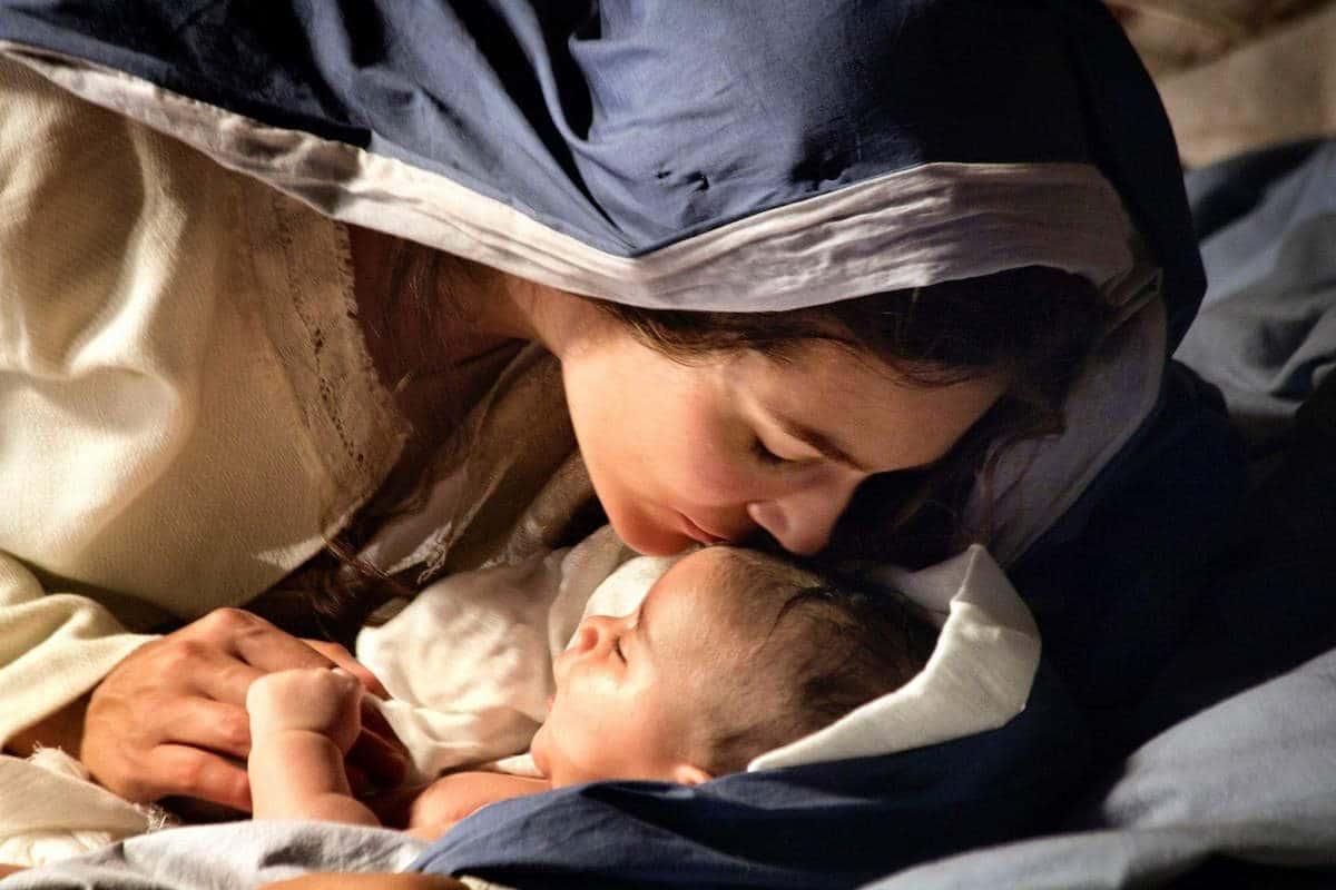 La Virgen María con el Niño Jesús. Foto: Cathopic