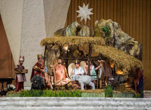 Un nacimiento mexicano adorna la sala de audiencias del Papa