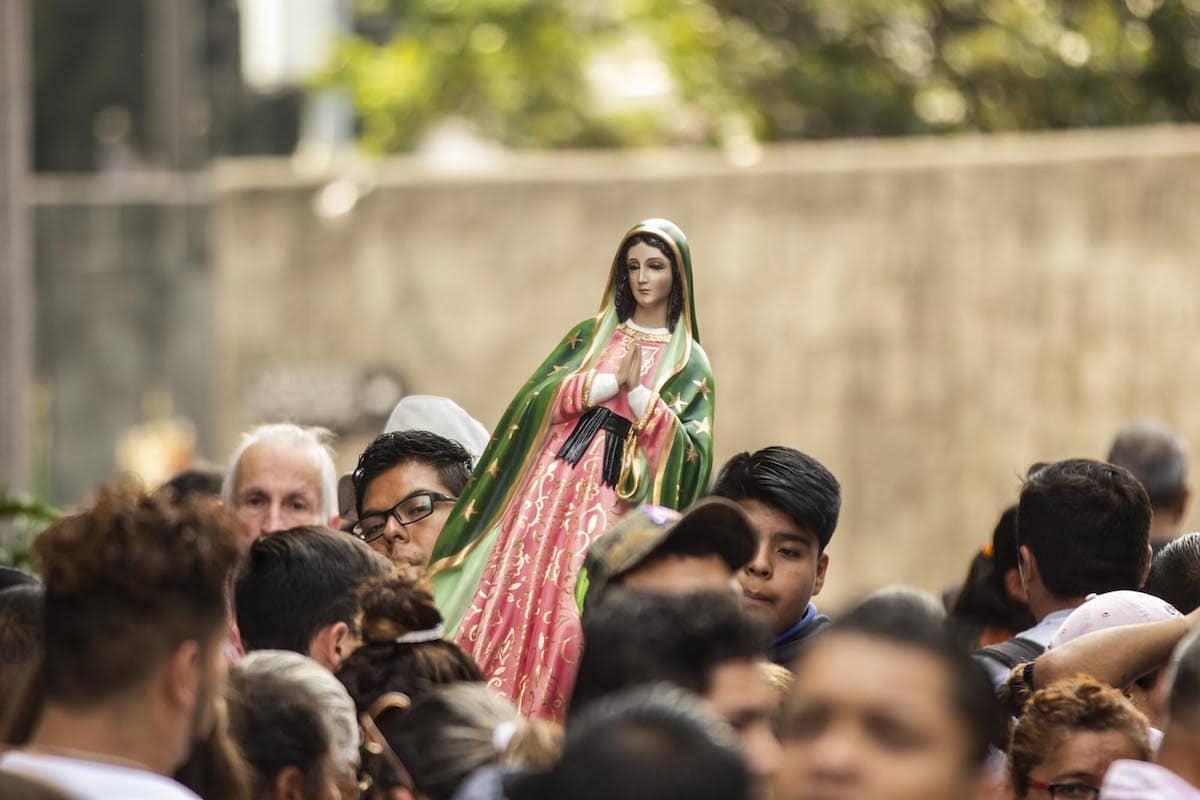 Al inicio de un nuevo sexenio, las fiestas de la Virgen de Guadalupe nos dan la oportunidad de trabajar en dos dimensiones: lo religioso y lo social