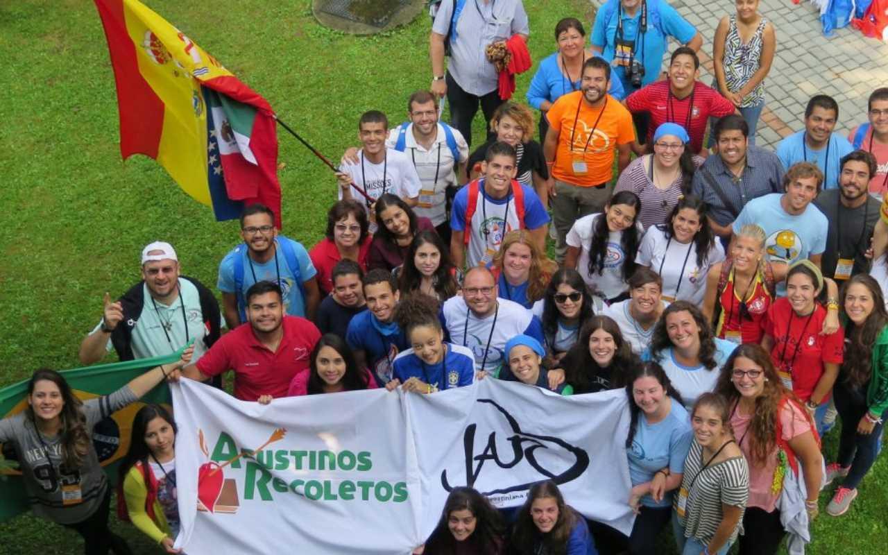 Jóvenes de los movimientos mundiales de los Agustinos Recoletos