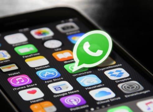 Las bendiciones que circulan por WhatsApp, ¿las borras o las reenvías?