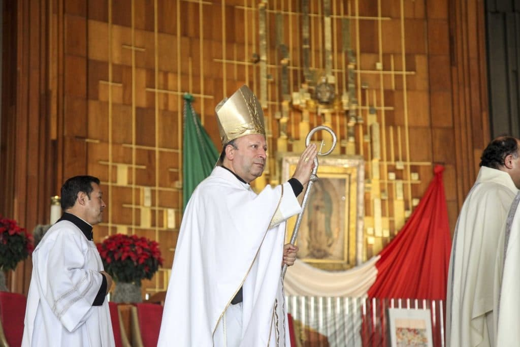 El Nuncio Franco Coppola preside la Misa en la Basílica de Guadalupe