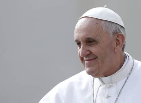 El Papa Francisco pide no ver el agua como una mercancía