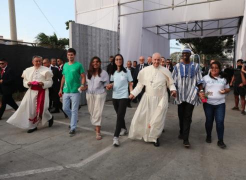 Resumen de la carta del Papa Francisco a los jóvenes