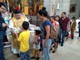 Los Reyes Magos llegaron a la Misa de mediodía en Catedral