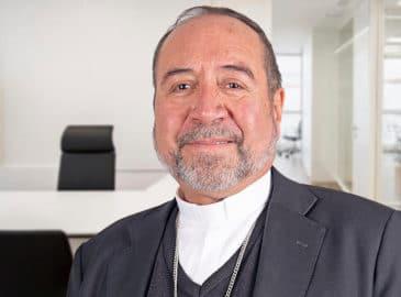 """Monseñor Colín: """"Asumo con alegría y obediencia"""""""