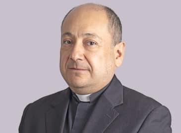 P. José Antonio Carballo: Mayores tareas para los laicos