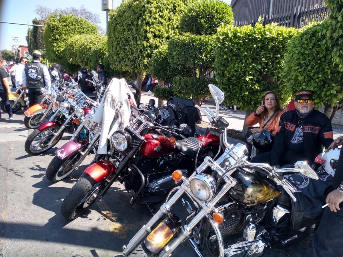 Motociclistas llegan a la Basílica de Guadalupe