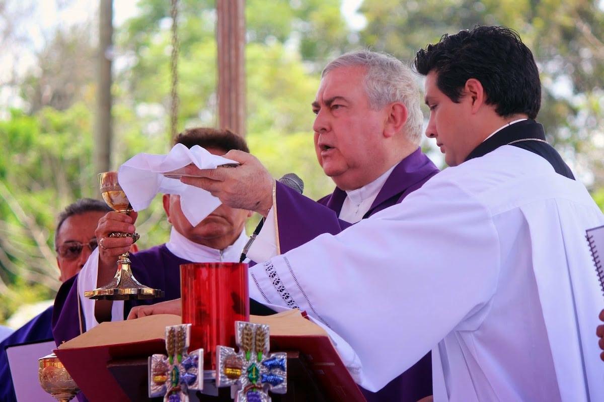 Monseñor Emilio Berlie Belaunzarán, Arzobispo Emérito de Yucatán. Foto: Cuarto Poder Yucatán