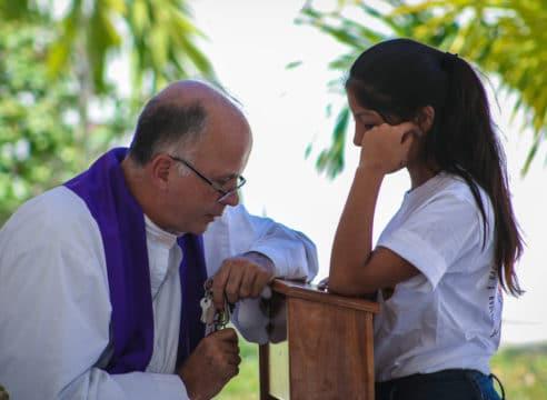 ¿Qué hacer antes, durante y después de la Confesión?