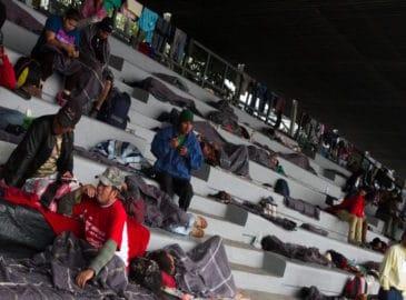 Acusan hostigamiento contra la caravana migrante en la CDMX