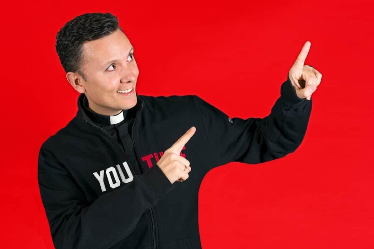 Padre Daniel Pajuelo. Foto: Youtube smdani.