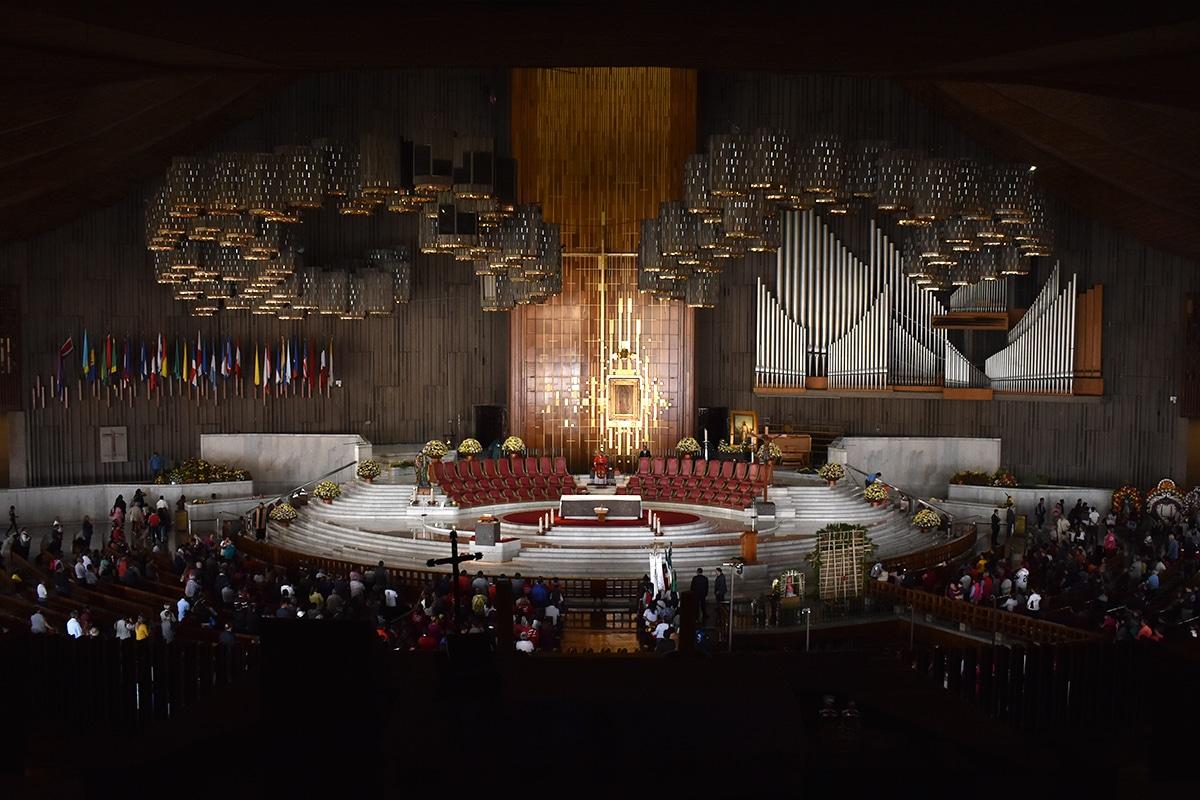 Jornada Especial de Confesiones y Adoración al Santísimo en la Basílica de Guadalupe. Foto: Ricardo Sánchez