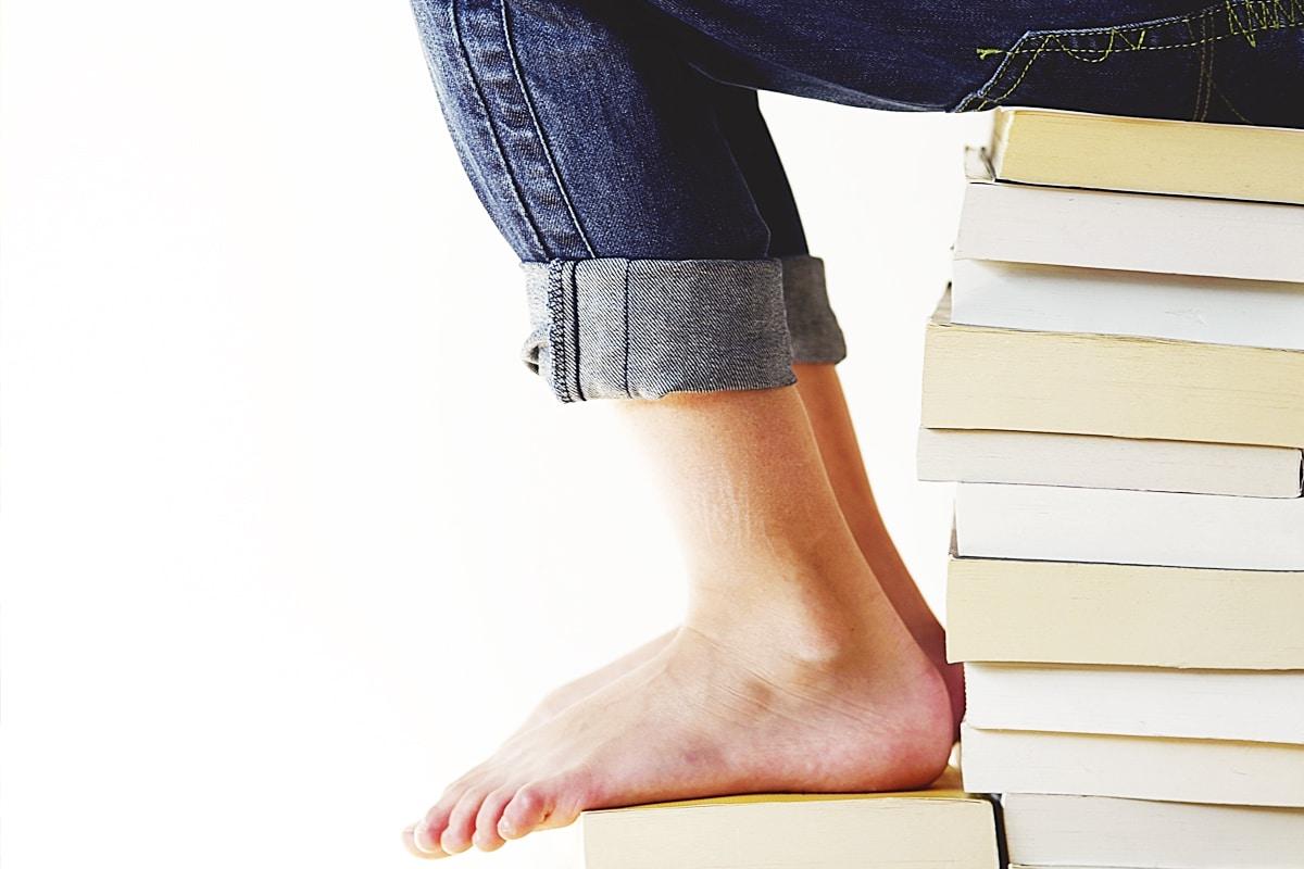 Un libro contribuye a subir la calidad ortográfica del lector.