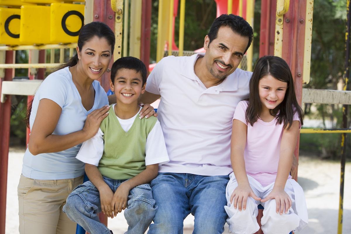 Entre los fines del simposio está ayudar a una mejor convivencia en el Matrimonio y la familia. Foto: Shutterstock