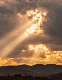 ¿Cuál es el verdadero nombre de Dios: Yahvé o Jehová?