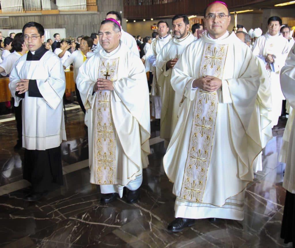 Monseñor Carlos Samaniego y monseñor Salvador González. Foto: Luis Patricio/Basílica de Guadalupe