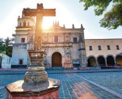 5 hermosos atrios que puedes visitar en la Ciudad de México