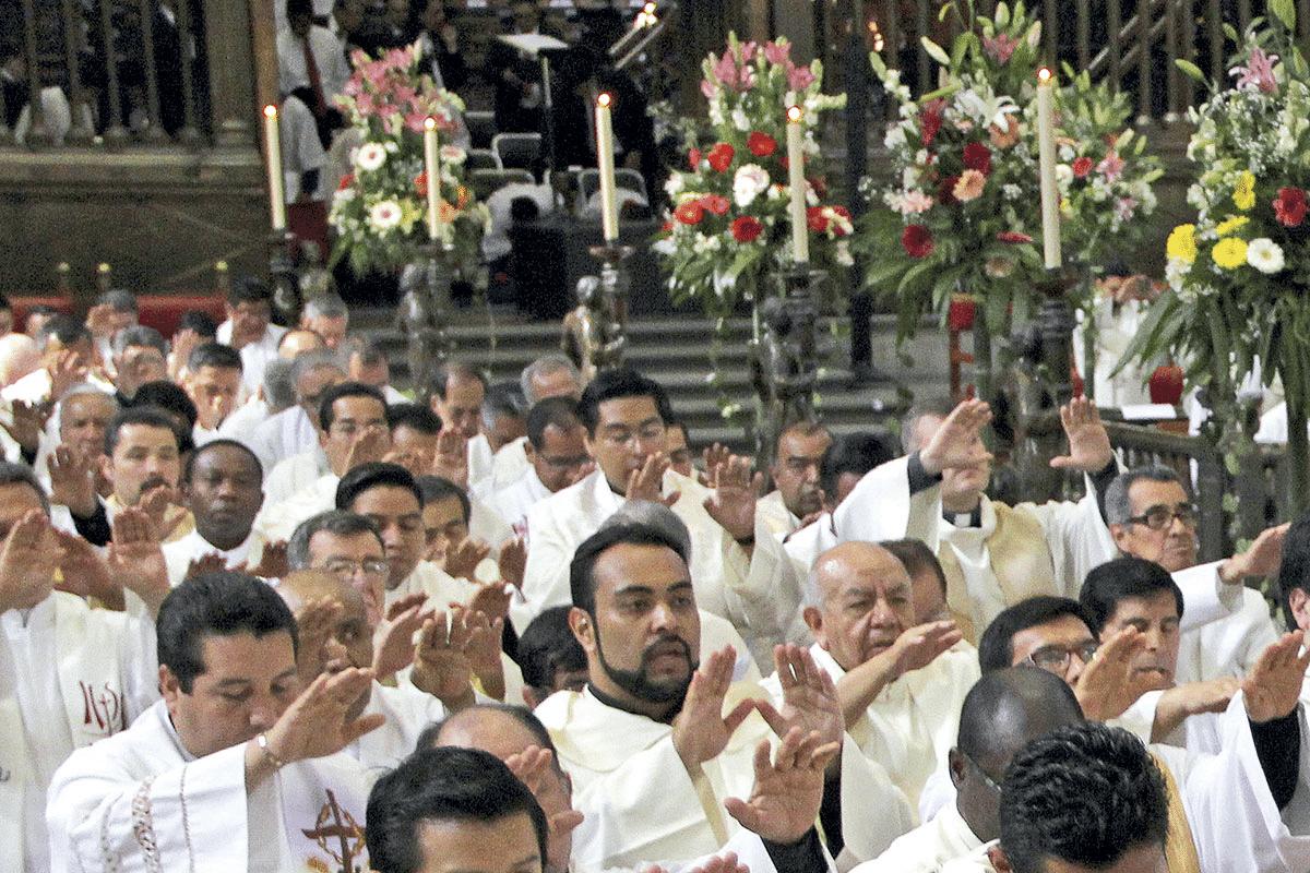 Misa Crismal y la Eucaristía