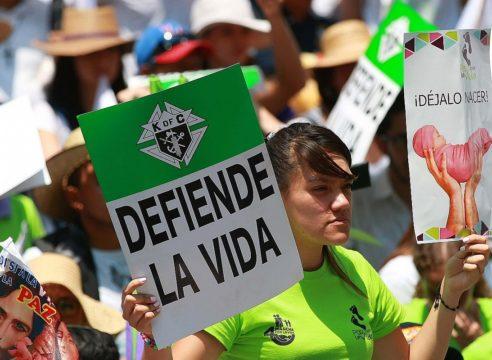 Los Obispos de México piden marchar en paz a favor de la vida y la mujer