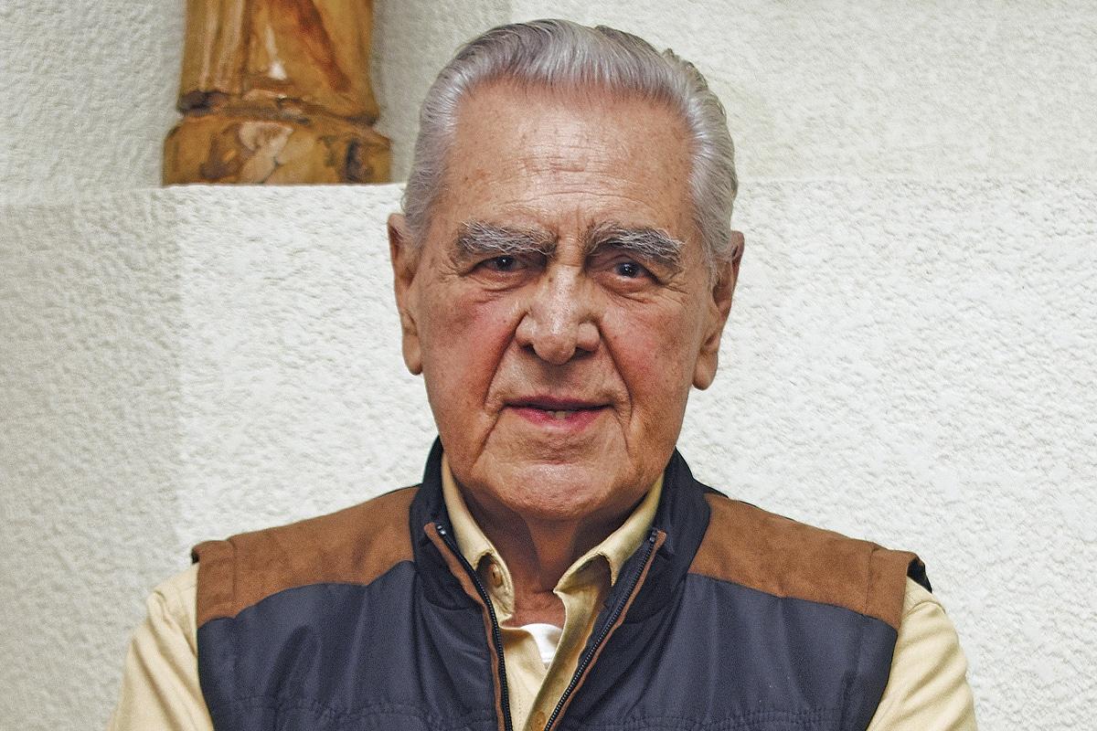 Mi Vocacion Me La Regalo Dios Eric Del Castillo Desde La Fe