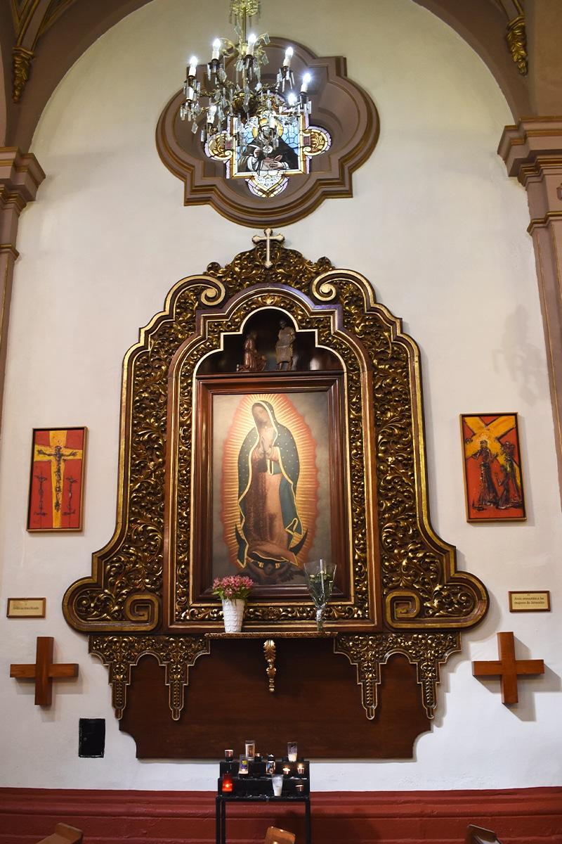 Imagen de la Virgen de Guadalupe en la parroquia de San Vicente Ferrer. Foto: Ricardo Sánchez